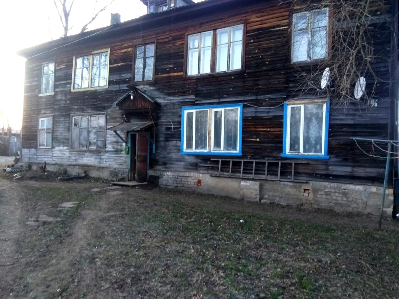 В Кимрах власти не могут переселить граждан из аварийного дома