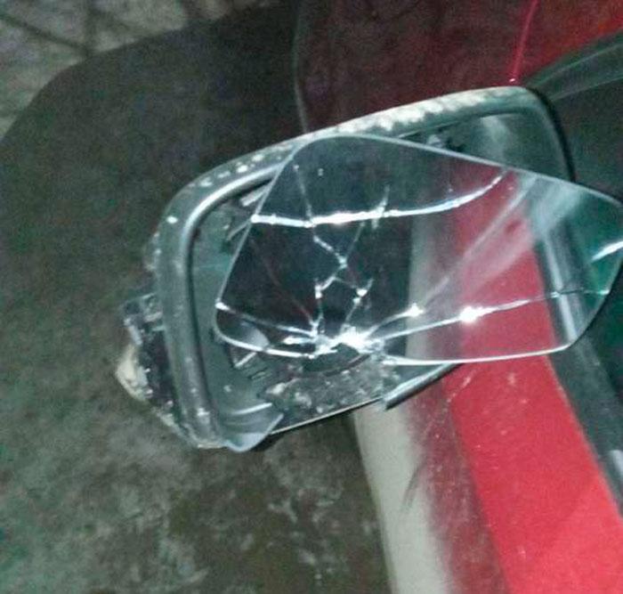 Житель города Кимры со злости разбил ключом несколько автомобилей   Видео