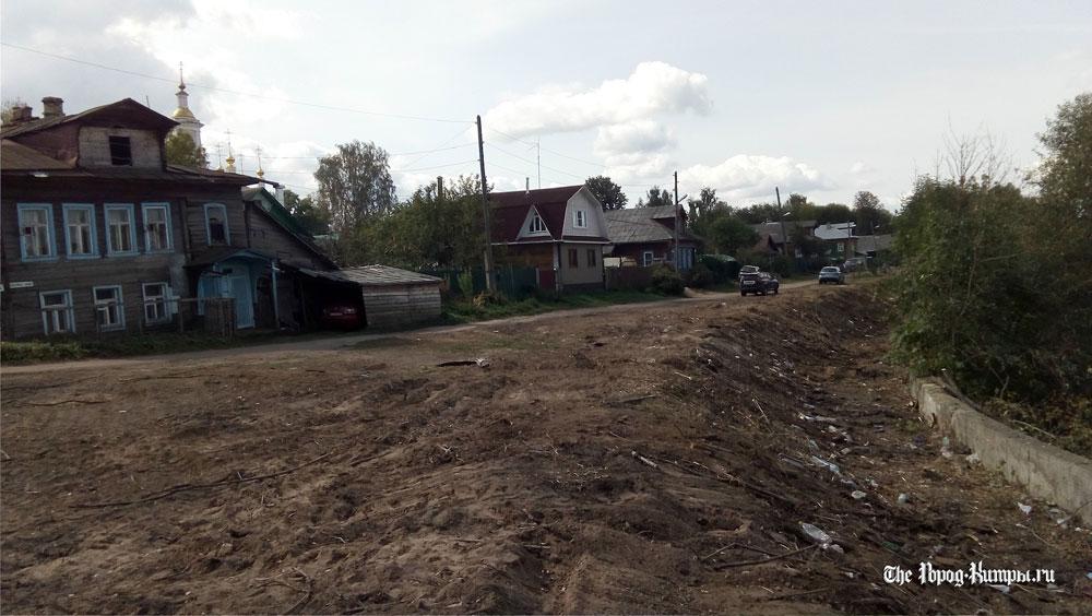 В Кимрах полным ходом идет реконструкция береговой линии устья реки Кимрка