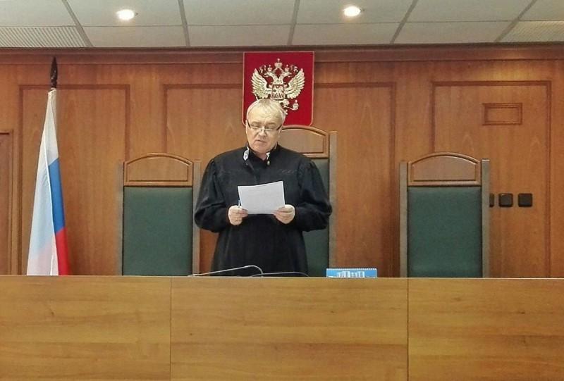 Кимрская прокуратура желает судиться с городской администрацией из-за ям на дороге